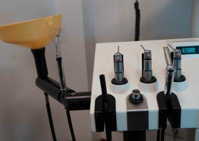 mehrere Geräte für Ohrenuntersuchung